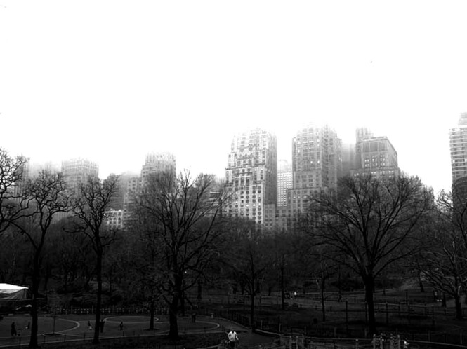 new-york-in-the-fog-bw2.jpg