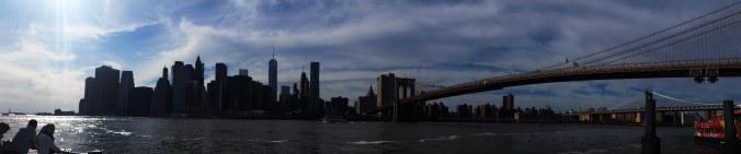 Brooklyn Bridge to Manhattan Pana
