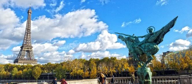 Eiffel Bir-Hakem Pana 2