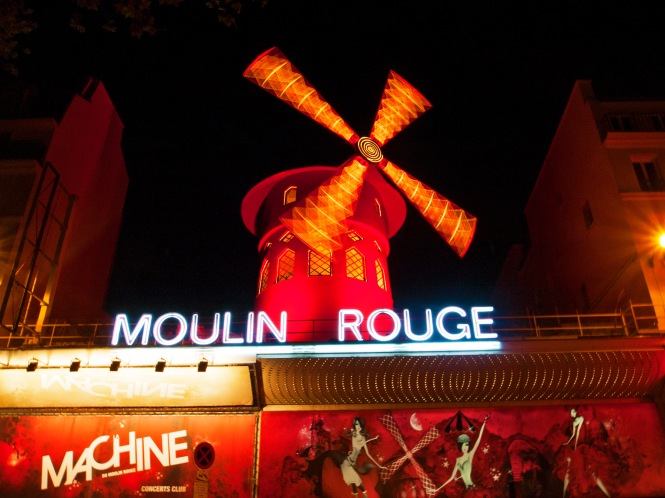 Moulin Rouge Spin